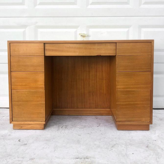 Mid-Century Modern Desk by Edward Wormley for Drexel by secondhandstory