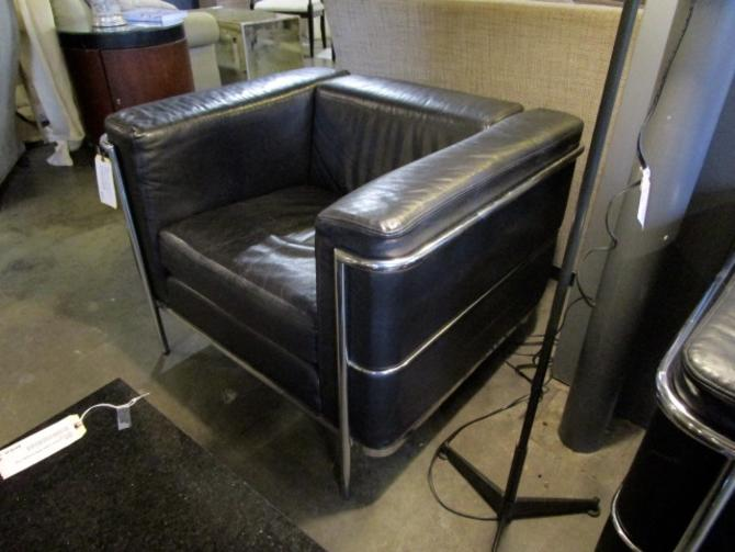PAIR OF MODERN ITALIAN BLACK LEATHER AND CHROME CHAIRS