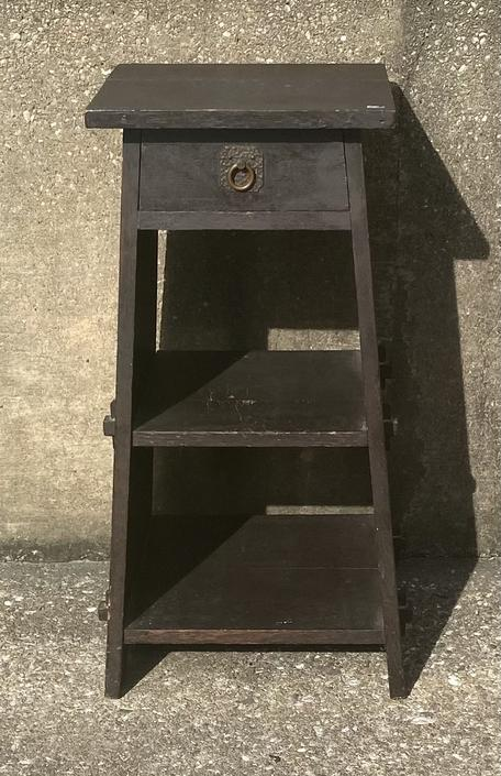 Antique Mission Style Oak side table, attributed to Stickley