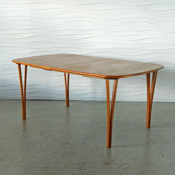 HA-C8023 Teak Haslev Table