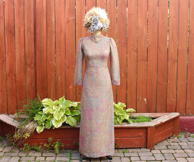s.a.l.e. Vintage 1960s Mod Gown - Pink & Gold Metallic High Neck Long Sleeve Maxi Dress - Petite XS by SecondShiftVintage