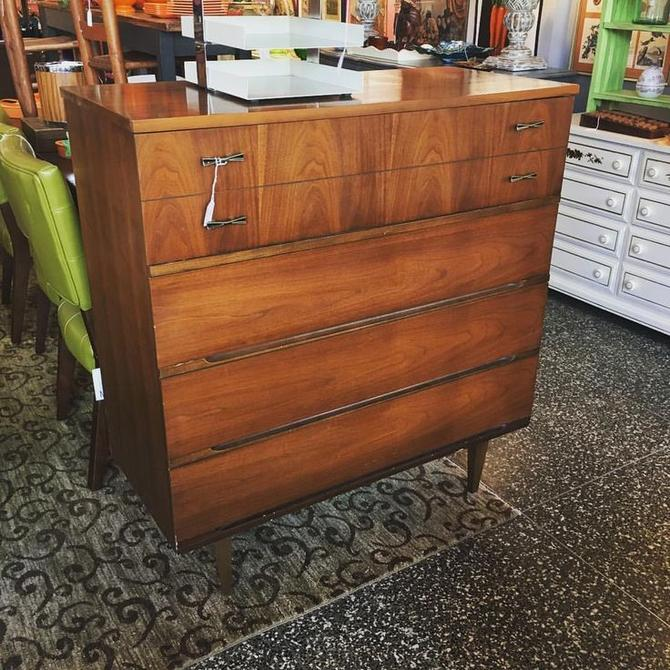 Four Drawer Midcentury Dresser 40 Inches Wide 43 5 High 18 Deep