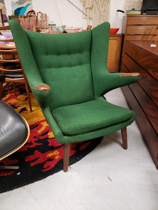 Original Papa Bear Chair by Hans Wegner