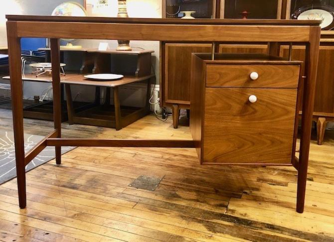 Rare Mid Century Drexel Declaration Floating Drawer Student Desk by Kipp Stewart