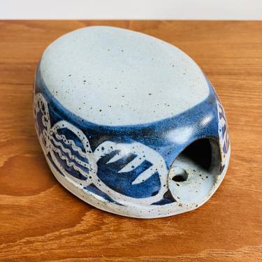 Vintage pottery wall vase / blue and gray oval ceramic wall pocket / boho mid-century decor by EarthshipVintage