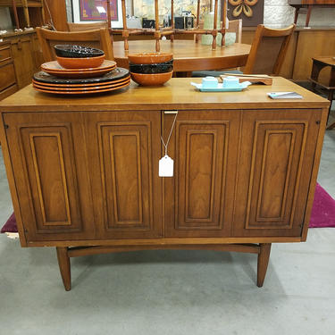 Vintage Used And Custom Furniture Stores By City And Neighborhood In Dc Baltimore And Md And