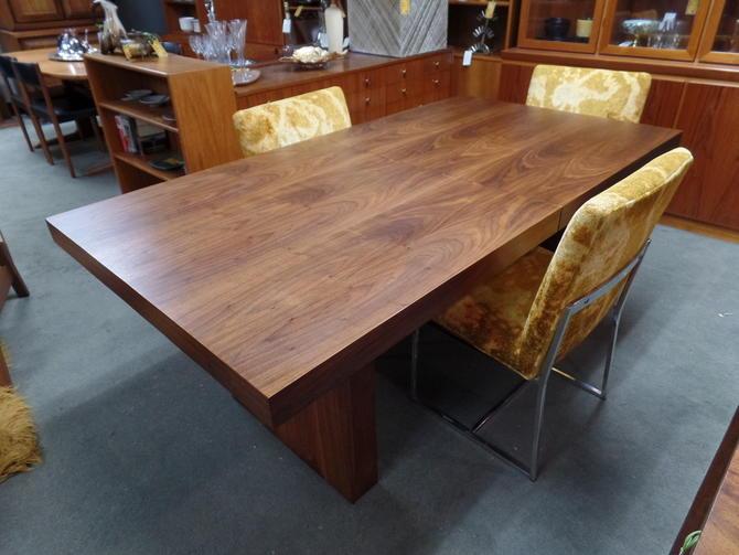 Walnut Slab Dining Table By Milo Baughman For Dillingham
