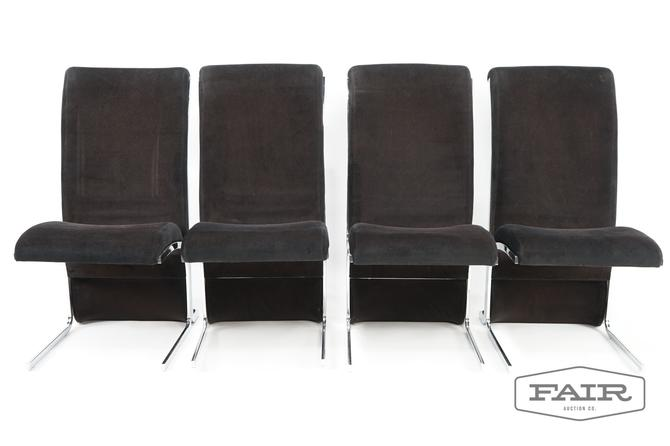 Lot of 4 black upholstered chairs