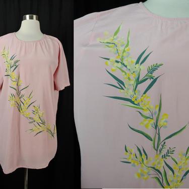 Vintage Nineties Diane von Furstenberg Silk Assets Medium Pink Short Sleeve Floral Print Blouse - 90s DVF Silk Top by JanetandJaneVintage