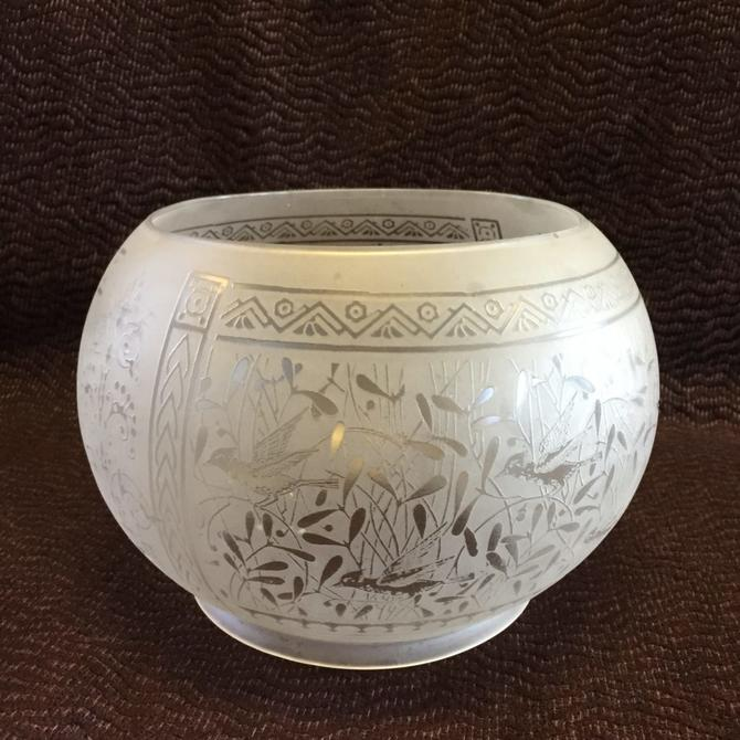 Etched Bird Shade