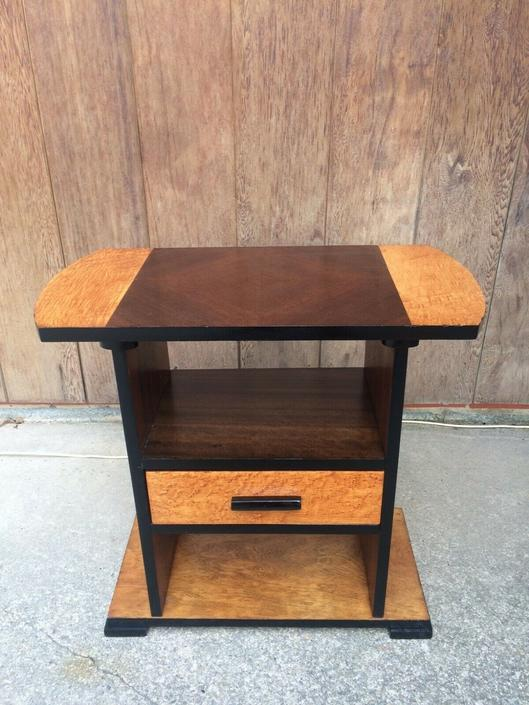 Quality Art Deco Smoke stand side table