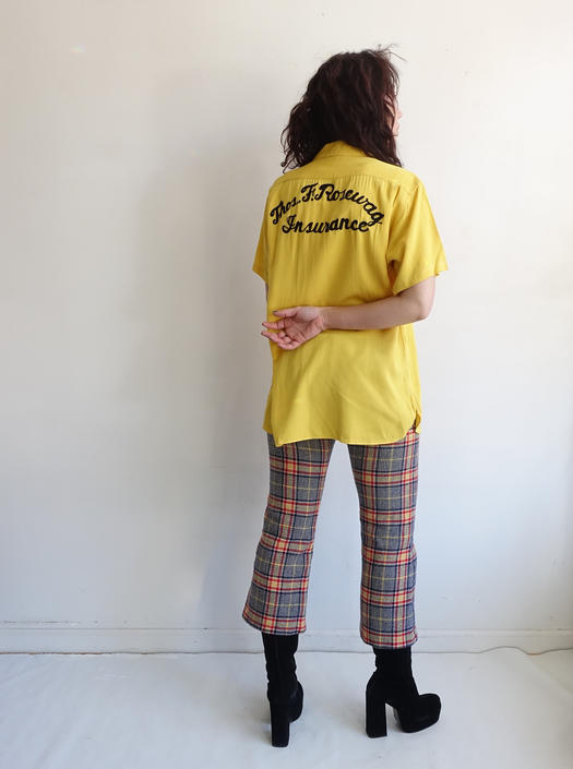 Vintage Chainstitched Rayon Bowling Shirt/ 1950s 1960s Yellow Embroidered Button Up/ Menswear Rockabilly/ Size Medium by bottleofbread