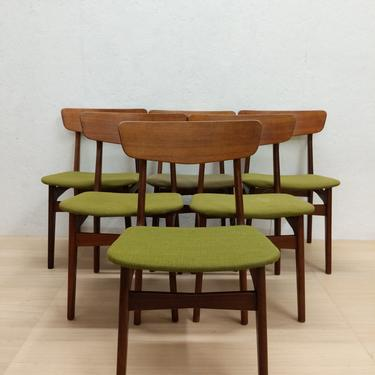 Set of 6 Vintage Danish Modern Dining Chairs by Schionning & Elgaard - Free NYC Delivery! by FarOutFindsNYC