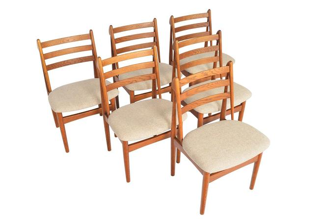 Set of Six Danish Mid Century Modern Poul Volther J60 Oak Dining Chairs by MidCenturyMobler