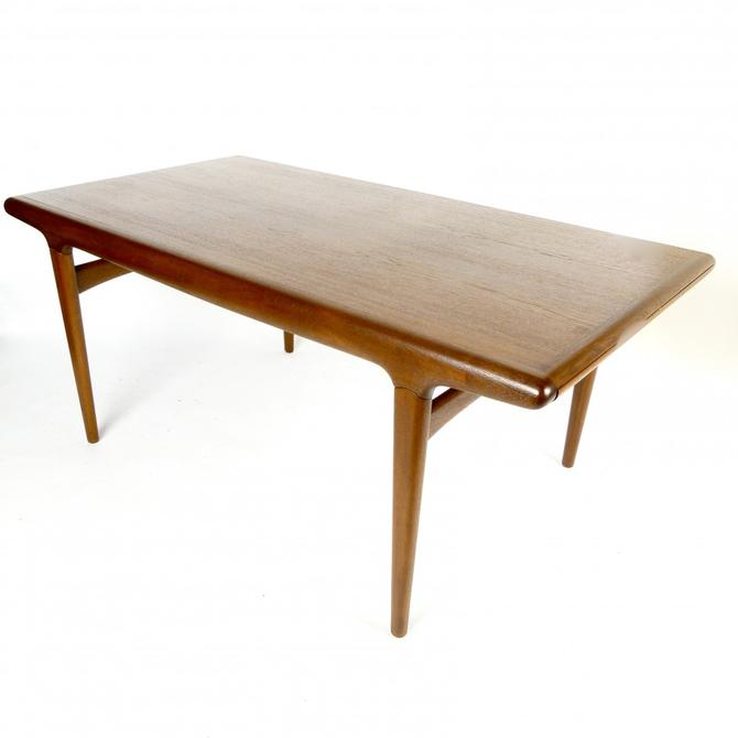 Rare Johannes Andersen extension Dining Table