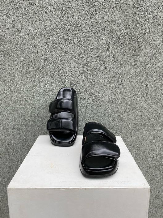 Luxe Slides Black