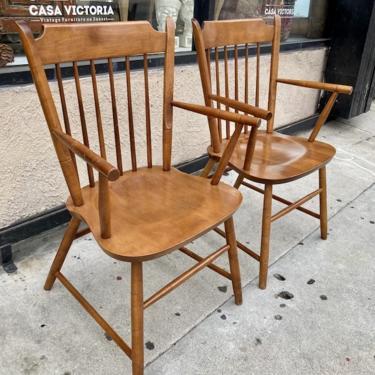 Vibin'   Mid-century Modern Windsor Chairs