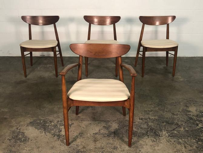 Stanley Mid-Century Danish Modernl Dining Chair <> Set Of 4 <> by modernmidcenturyfurn