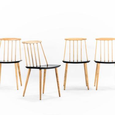 Set of Four (4) Farmhouse Spindle Chairs designed by Folke Palsson for FDB Mobler, Denmark by ABTModern