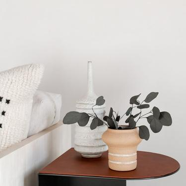 Norah Accent Table (LTH)