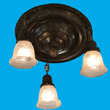 Three-Arm Pan Ceiling Light