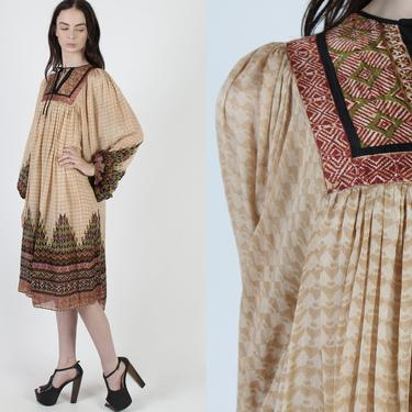 Ritu Kumar India Dress / Judith Ann India Silk Dress / Indian Floral Print Dress / Vintage 70s Thin Folk Festival Bohemian Mini Dress by americanarchive