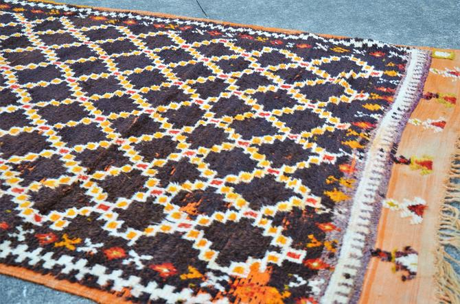Vintage Hand Knotted Turkish Kilim Area Rug with Lattice Pattern  - 9'2″ × 4' 5″ by SourcedModern