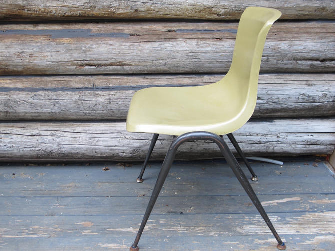 Fibreglass Chair Mid Century Chair Eames Fibreglass Shell Chair Vintage Office Chair Shell Chair No name herman miller style by akaATA