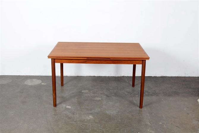 dining table 1286