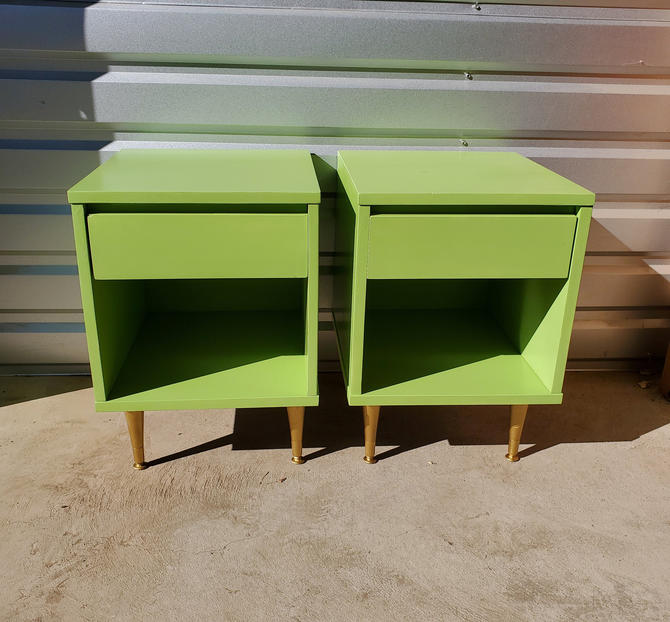 Mid Century Modern Pair Flat Matte Green & Gold Nightstands Night Stands End Tables Bedroom Dresser 1960's Petite Baker Furniture Minimalist by MakingMidCenturyMod
