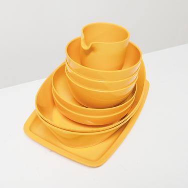 Danish Dish Set by BetsuStudio