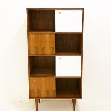 Walnut Tall Bookshelf by CaliforniaMWoodworks