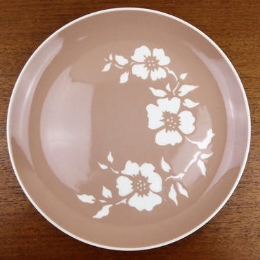 Harkerware Dinner Plate |  Dogwood Tan | Harker Pottery OH | USA by TheFeatheredCurator