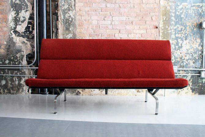 Original Vintage Eames 'Sofa Compact' by Herman Miller