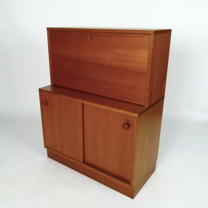 Danish Lighted Cocktail Cabinet