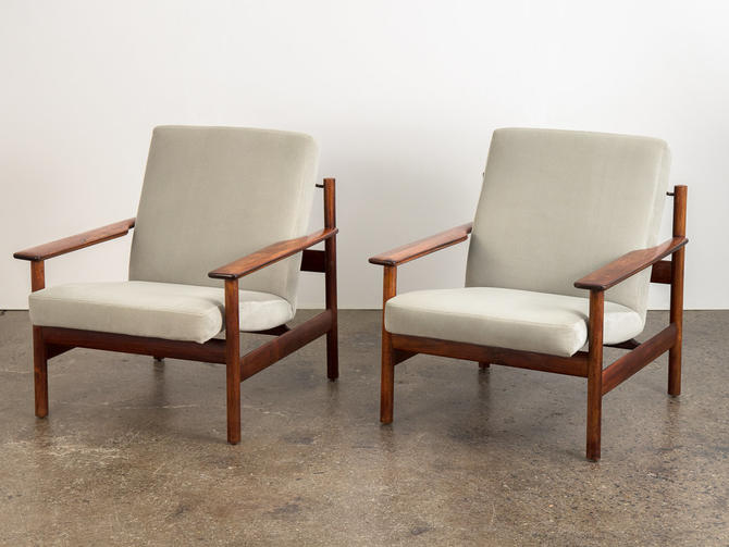 Pair of Rosewood Modern Lounge Chairs by openairmodern