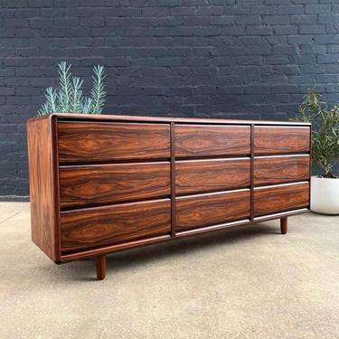 Danish Modern 9-Drawer Rosewood Dresser by Brouer, c.1960's by VintageSupplyLA