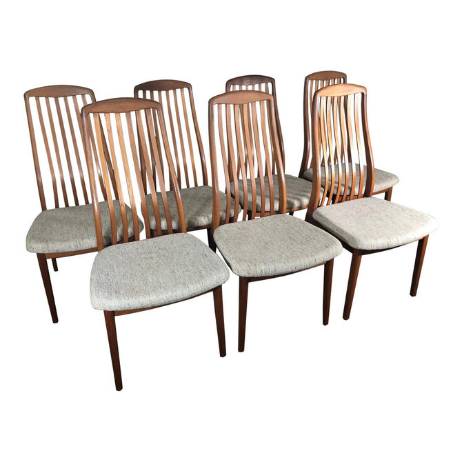 Set of 6 Midcentury Danish Teak Dining Chairs by Dyrlund by RetroPassion21