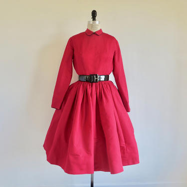 """Vintage 1950's Red Silk Taffeta Fit and Flare Dress Full Skirt Black Piping Peter Pan Collar Long Sleeves Anne Fogarty 28"""" Waist Medium by seekcollect"""