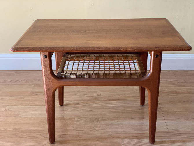 Trioh Mobler Teak Coffee / end Table by ASISisNOTgoodENOUGH