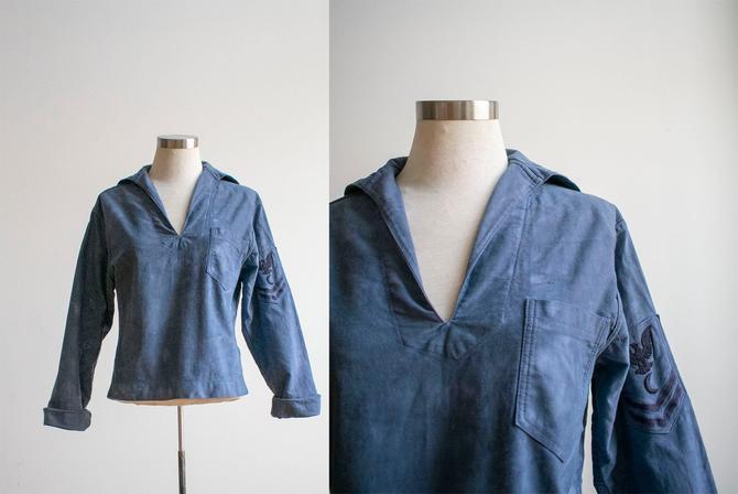 Vintage Overydyed Sailor Top / Navy Blue Sailor Uniform Top / Vintage WWII Era Sailor Uniform  / Blue Sailor Uniform / 1940s Sailor Shirt S by milkandice