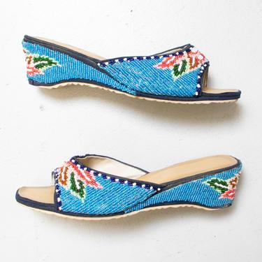 Vintage 1970s Shoes BEADED Flower Sandals 6.5 by dejavintageboutique