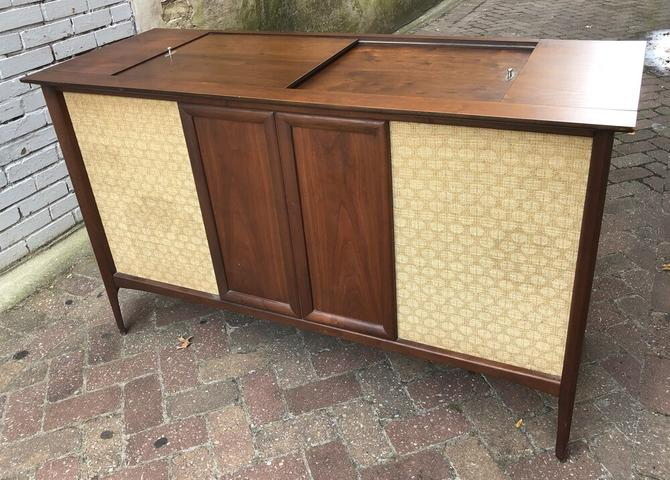 Westinghouse Stereo Console