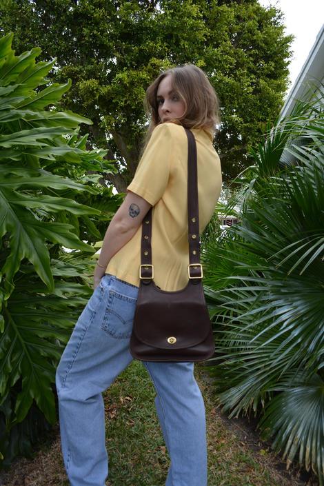 vintage coach bag / coah saddle bag / brown leather saddle bag / brown saddle bag / leather saddle bag / dark brown saddle bag / vintage bag by memoryjunkievintage
