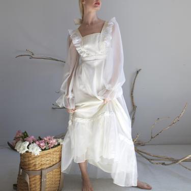 vintage white prairie chiffon wedding dress / sz XS S by EELT