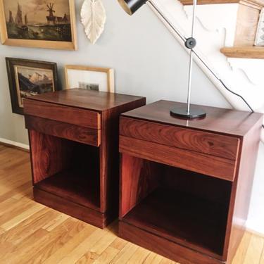 Arne Wahl Rosewood Nightstands, Pair Denmark Vinde Mobelfabrik Iversen, vintage midcentury by CaribeCasualShop