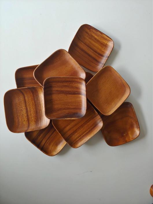 "Vintage Hand Made 6"" Wood Salad or Dessert Plates by ModandOzzie"