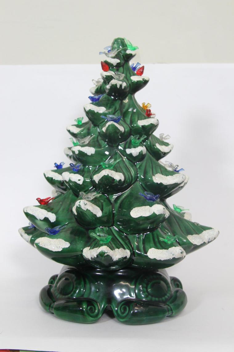 Ceramic Christmas Tree With Snow.Vintage Large 17 Green Ceramic Christmas Tree Light With Snow Accents By Vintagegoofball From Vintage Goofball Of Harrisonburg Va