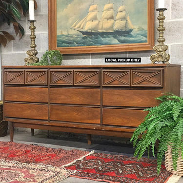 LOCAL PICKUP ONLY ———— Vintage Bassett Mirrored Dresser by RetrospectVintage215