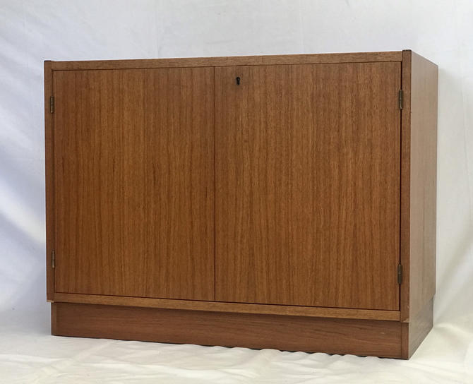 Free Shipping Within US - Vintage Danish Mid Century Modern Record Cabinet Storage Chest Stand with Keys by BigWhaleConsignment